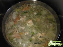 Łososiowa zupa rybna
