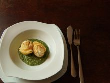 Lumaconi z ricottą, pesto i orzechami macadamia
