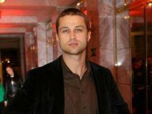 Maciej Zakościelny otwiera klubokawiarnię