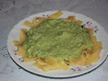 Makaron pappardelle z pastą brokułową