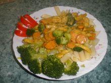 Makaron penne w curry