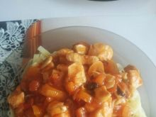 Makaron po chińsku z kurczakiem