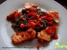 Makaron  Soba Hosan z łososiem