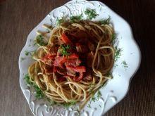 Makaron spaghetti z gulaszem wieprzowym z papryką