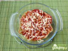 Makaron spaghetti z sosem pomidorowym 2