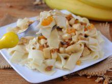 Makaron w sosie bananowo – bakaliowym