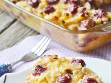 Makaron z białym serem i wiśniami