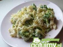 Makaron z brokułami 5
