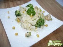 Makaron z brokułami i kurczakiem 2