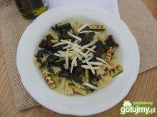 Makaron z cukinią i portugalskim serem