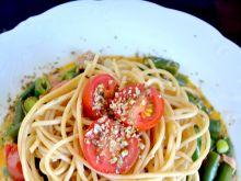 Makaron z fasolką, pomidorami i tuńczykiem