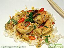 Makaron z krewetkami po tajsku