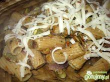 Makaron z pesto z pestek dyni i warzywam