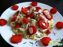 Makaron z ricottą i truskawkami