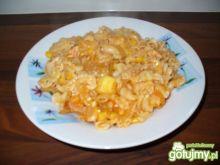 Makaron z serem i kukurydzą