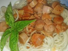 Makaron z sosem cukiniowo - pomidorowym