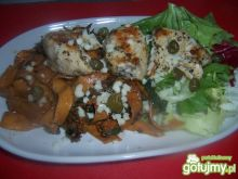 Makaron z sosem kaparowo-pomidorowym