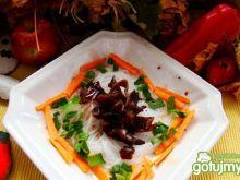 Makaron z sosem sojowym grzybowym