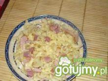 Makaron z szynką i serem