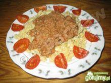 Makaron z tuńczykiem i pomidorami cherry