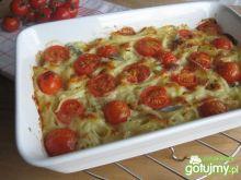 Makaron zapiekany z pomidorami i szałwią