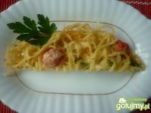 Makaron zapiekany z żółtym serem