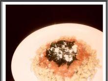 Makaron ze szpinakiem w pomidorowy sosie