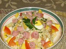 Makaronowa z jajkiem i ślimaczkami