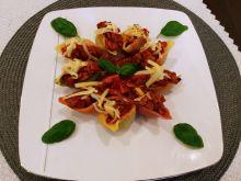 Makaronowe muszle po bolońsku