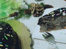 Makowiec świąteczny z kostką piernikową