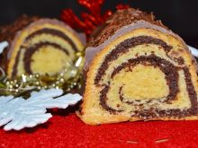 Makowiec zawijany z polewą czekoladową