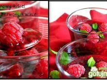 Malinowy kisiel na czerwonym winie