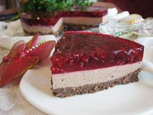 Malinowy obłęd – czekoladowy sernik na zimno