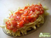 Mamut w pomidorach