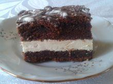 Marchewkowe ciasto czekoladowe z kremem waniliowym