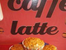 Marchewkowe muffiny z jabłkiem