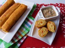 Marchewkowe naleśniki z serem i warzywami
