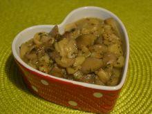 Maślaki duszone z cebulką i natką pietruszki