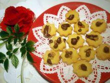 Maślane  ciasteczka z orzechem