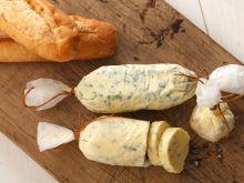Jak zrobić domowe masło czosnkowe?