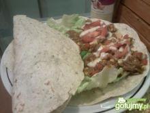 Meksykańskie taco w tortilli :)
