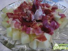 Melon podany z szynką parmeńską