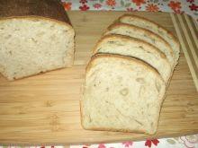 Mięciutki chleb pszenny na zakwasie