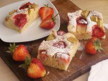 Mięciutkie ciasto z owocami
