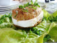 Mielone nadziewane serem camembert