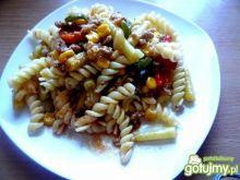 Mielone z warzywami i makaronem