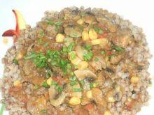 Mięsna potrawka z kukurydzą