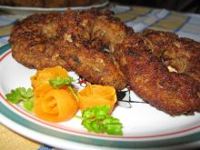 Mięsne oponki z pieczarkami