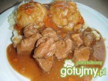 Mięso w sosie śliwkowym