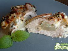 Mięso z gruszką i serem pleśniowym